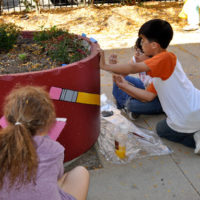 McCutcheon Elementary School, Chicago - Painting the planters